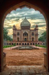Tomb, New Delhi, India.