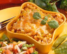 Broileri-pastapaistos | Herkullinen arkiruoka. Herne-maissi-paprikan tilalle laittaisin makeaa maissia ja persikkaa, herne ei sopinut musta makuihin.