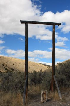 Bannack, Montana -- where the vigilantes hung Henry Plummer who may or may not have been guilty of being a road agent. Big Sky Country, Old West, Ghost Towns, Fast Cars, Wonderful Places, State Parks, Montana, Abandoned, Gazebo