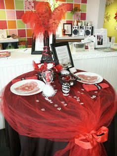 60-Cool-and-Beautiful-Valentine-Table-Decorating-Ideas-_08.jpg (570×760)