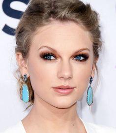 10 maquiagens de Taylor Swift - PausaParaFeminices.com