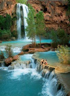 Havasu Falls in Arizona Grand Canyon National Park, Us National Parks, Beautiful Places To Travel, Wonderful Places, Hiking Usa, Havasupai Falls, Amazing Swimming Pools, Mexico Travel, Culture Travel