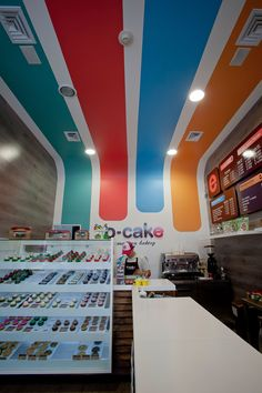 O CAKE American bakery by Plasma, Medellín   Colombia store design