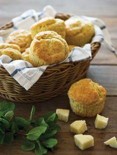 Μάφιν με τυρί γκούντα | Συνταγές, Πρόγευμα | Athena's Recipes Muffins, Cup Cakes, Breakfast, Recipes, Food, Morning Coffee, Muffin, Cupcake, Cupcakes