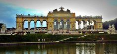 Schloss Schönbrunn-Vienna