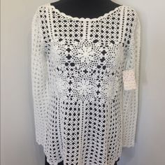FREE PEOPLE•Filet crochet Sweater•med•NEW Free people Filet Crochet pullover sweater, size medium, cream, brand new, retail $168.00.   I have 2 Free People Sweaters Crew & Scoop Necks