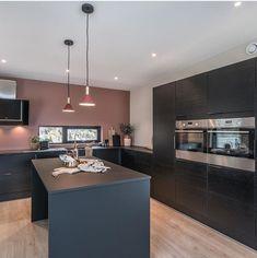 Home Kitchens, Laundry Room, Interior And Exterior, Inspiration, Ideas, Home Decor, Interior Paint Colors, House Paint Colors, Concrete Kitchen