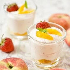 Cremiges Low Carb Pfirsich-Quark-Dessert