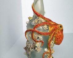 Camello escultura hecho de botella de vino por WirePaperPasteNPaint                                                                                                                                                     Más