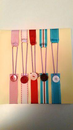 Ribbon bookmark, segnalibro con nastro, elastico e un bottone