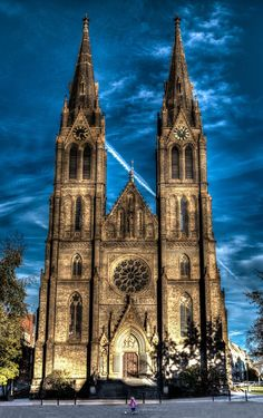 "'Igreja de St. Ludmila ""por Ab Le on 500px #czech_republic"