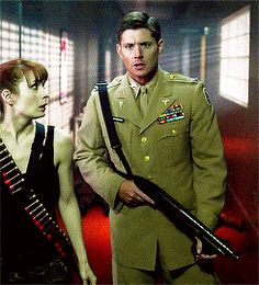 Good lord, they have got to stop dressing Jensen Ackles up in these incredibly attractive costumes...and by stop I mean they should do it every week...