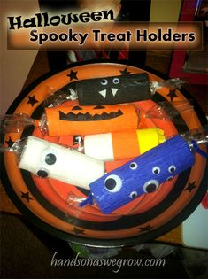 Spooky Treat Holders/Candy Bags Halloween Craft for Kids...
