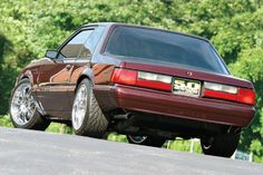 Check out Wes Ryan's 1991 Ford Mustang LX Coupe! Ryan had the support of people from all over the country to continue on with the long and laborious task of restoring this Dark Cherry Fox. Mustang Shelby Cobra, Fox Body Mustang, Ford Mustang Coupe, Mustang Cars, Car Ford, Notchback Mustang, Ford Fox, Classic Mustang, Hot Rod Trucks