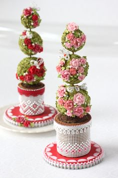 3-D topiary cookies by Julia M Usher of Recipes for a Sweet Life