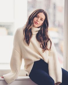 Picture of Emily Didonato Emily Didonato Instagram, Guess Clothing, Bella Hadid Style, Brunette Woman, Ribbed Turtleneck, Models Off Duty, Nice Tops, My Outfit, Outfit Ideas