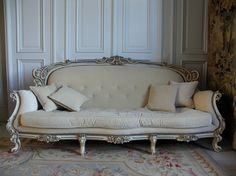 beautiful- this couch is amazing