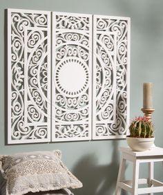 Met dit romantische, houten wandpaneel maak je van een saaie muur een echte…