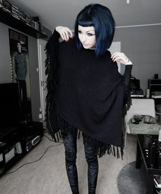 Poncho + Velvet leggings. i remember when my hair was like this <3 people would call me abalone i didn't get it at first but then they said its because my hair would shine a different color depending on how id turn it :D