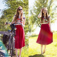 Sonja Vogel -  - Biking on a Sunny Day