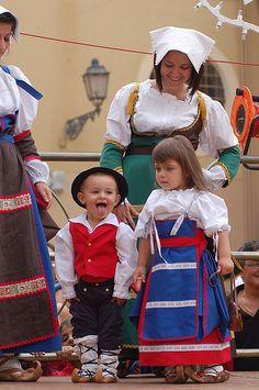 Folk Costume, Costumes, Positano, Amalfi Coast, Italy Travel, Traditional Outfits, Harajuku, Greece, Dress Up