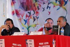 """Nezahualcóyotl, Méx. 29 Junio 2013. Comics, fue el tema de José Luis Zarate, Bernardo Fernández, BEF y Gerardo H. Porcayo, durante su participación en el 1er Festival Nacional del Libro, """"Para Leer en Libertad""""."""