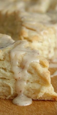 vanilla bean cream scones