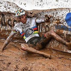 Mathieu van der Poel  Cyclo-Cross.. Wow!