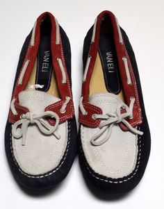 0ad8090a47a VANELI Patriotic Driving Van Eli Moccasins Womens Size 8.5M Red White Blue   VanEli
