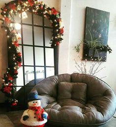 Ha llegado la Navidad a nuestras tiendas🎅 y con ella hermosos productos de temporada, como este puff gris, complemento elegante y cómodo a la vez. Contáctanos para reservar el tuyo al 350 582 6013 🍭 Christmas Tree, Holiday Decor, Home Decor, In Season Produce, Home Decorations, Tents, Seasons, Gray, Elegant
