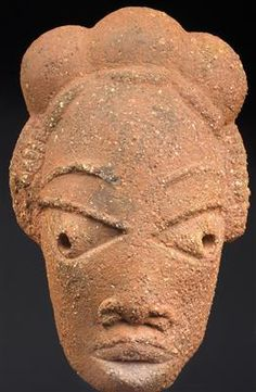 African archaeology: Nigeria: A head sculpture from the Nok culture (500 B.C.-200 A.D.), made of terracotta. With thermoluminescence expertise.