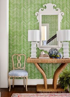 Sarah Bartholomew - Traditional Home Quadrille Zig Zag wallpaper is a beautiful backdrop for this Chinoiserie filled entryway with a pa. Zig Zag Wallpaper, Hall Wallpaper, Chic Wallpaper, Green Wallpaper, Design Entrée, House Design, Interior Design, Traditional Decor, Traditional House