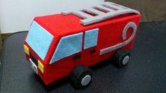フェルトと牛乳パックの手作り車シリーズ 『消防車』 |yuna_tachibanaの投稿画像