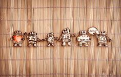 Set of robot brooches 6 brooches featuring cute by SilviaWithLove, €28.00