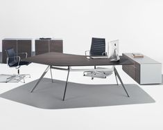 Contemporary Executive Desk Interior