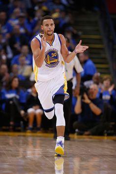 Stephen Curry Photos - New Orleans Pelicans v Golden State Warriors - Zimbio