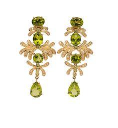 A pair of peridot diamond earpendants, 18kt gold