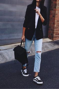 Blazer, white tee, ripped jeans, and sneakers.