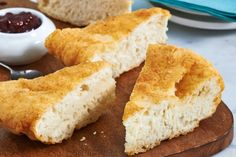 BRITISH CANADA: Bannock - Bannock, a quick biscuit–type bread, is a specialty of aboriginal cooks throughout North America, including in Nunavut. Bannock Bread, Bannock Recipe, Bread Recipes, Cooking Recipes, Game Recipes, Chicken Recipes, Vegan Recipes, Copycat Recipes, Cooking Tips