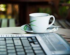 Πώς κλείνω ραντεβού για ψυχοθεραπεία online; Mugs, Tableware, Dinnerware, Tumblers, Tablewares, Mug, Dishes, Place Settings, Cups