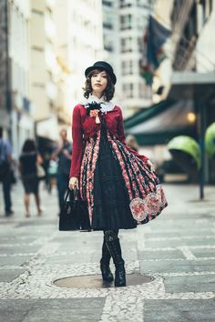 FASHION JAPAN: I Love Tokyo Style Part 1 of 2.     Nice outfit!!!