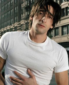 Photo of Brody for fans of Adrien Brody 963750 Beautiful Men, Beautiful People, Male Fairy, Adrien Brody, Nfl Photos, Creepy Guy, Grunge Guys, Thing 1, Model Face
