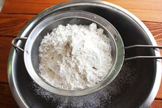 Your own cake flour / flour + corn starch sift away