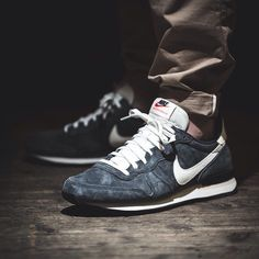 278dad31abef79 The iconic ZX design reinvented as a modern minimalist sneaker- Reflective  mesh upp