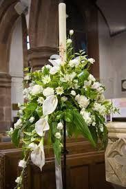 arranjo floral num baptismo ou 1ª comunhão ou para enfeitar o Círio Pascal, etc.