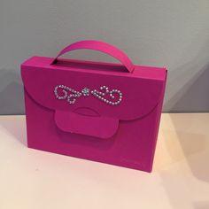 Shiny stones sticker on Buntbox Handbag gift box