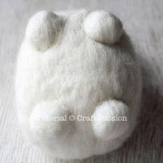 Tutorial with very detailed instructions on how to make needle felted sheep, Ramie. Ramie has a beautiful thick wool coat, big brown nose and rosy cheeks. - Page 2 of 2