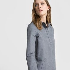 Shirt dress - made in France. Our guarantee of quality and commitment.Denim look fabric. Shirt collar. Buttoned placket. 2 slanted front pockets. Long sleeves. Buttoned cuffs.Fabric content and details: Fabric: 100% cottonLength: 90cmBrand: R essentielCare advice:Machine washable at 40°C with similar coloursTumble dry at low temperatureIron at medium temperature.