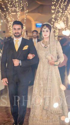 Indian Wedding Couple, Indian Bride And Groom, Bride Groom Dress, Asian Bride, Desi Wedding, Groom Attire, Wedding Suits, Wedding Attire, Wedding Photoshoot