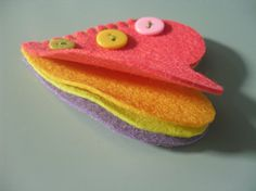 needle case -- felt - could be done with other shapes too